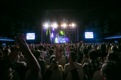Russell Peters Almost Famous World Tour (1)