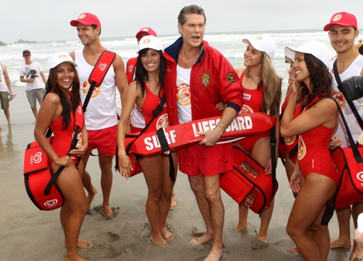 "TAURANGA, NEW ZEALAND - JANUARY 06:  Star of Baywatch David Hasselhoff poses on the beach during a promotion for the new ""Splice Real Fruit"" ice block at Mt Maunganui Main Beach on January 6, 2011 in Tauranga, New Zealand.  (Photo by Phil Walter/Getty Images)"